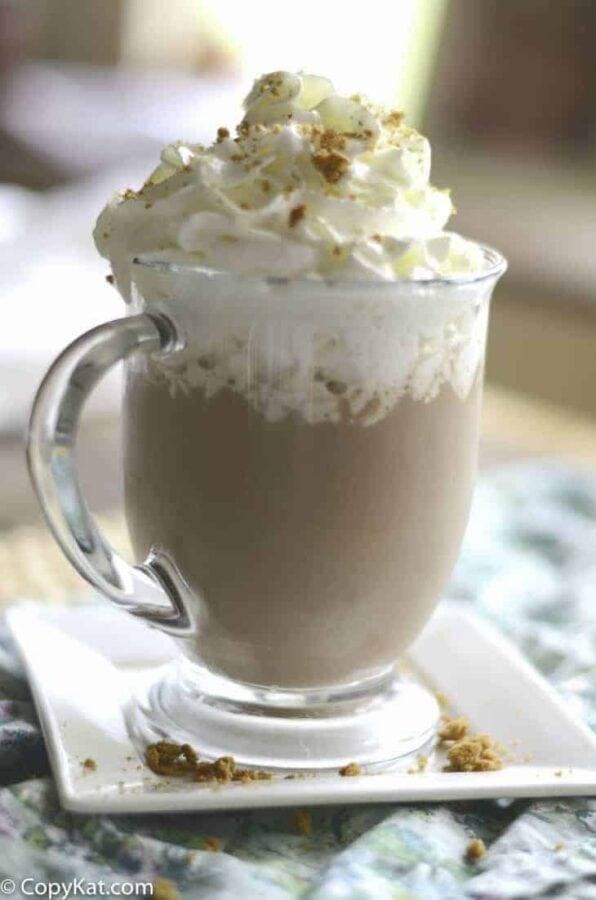Starbucks-Snickerdoodle-Hot-Chocolate-3
