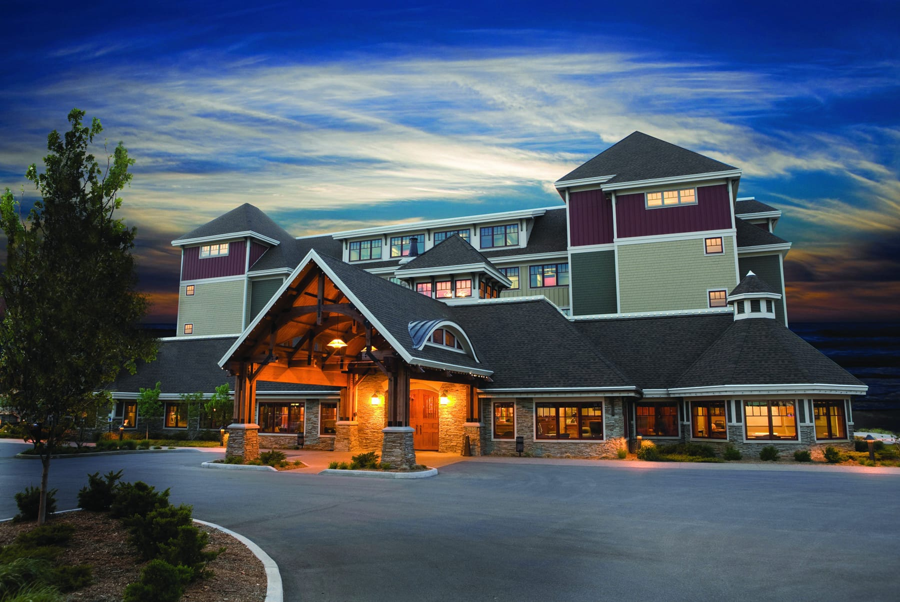 Northern michigan vacation win a vacation at tamarack for Craft shows in traverse city mi