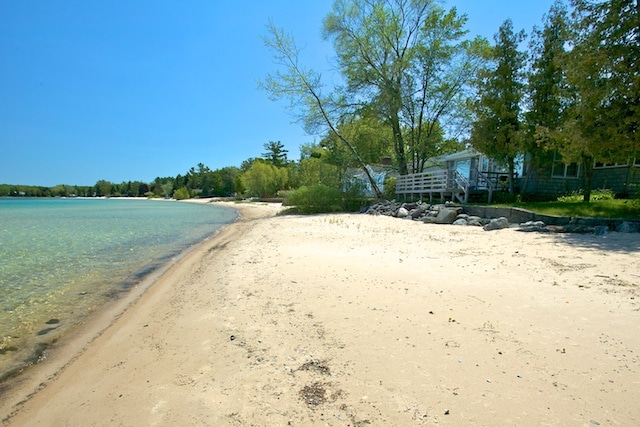 Bayside Cottage in Suttons Bay