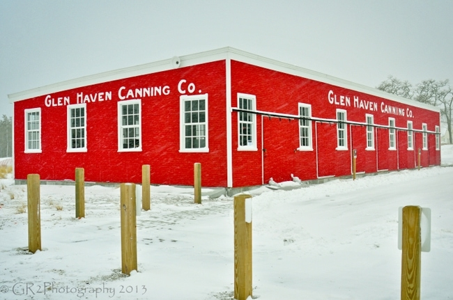 Canning in the snow glen haven for Glen haven co cabin rentals