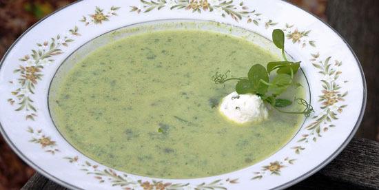 cauliflower pea soup