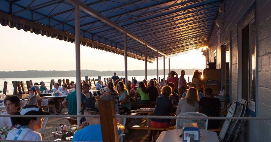 Northern Michigan restaurants with decks