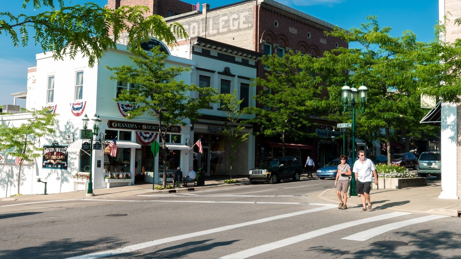 10 things to do near petoskey michigan for Craft shows in traverse city mi