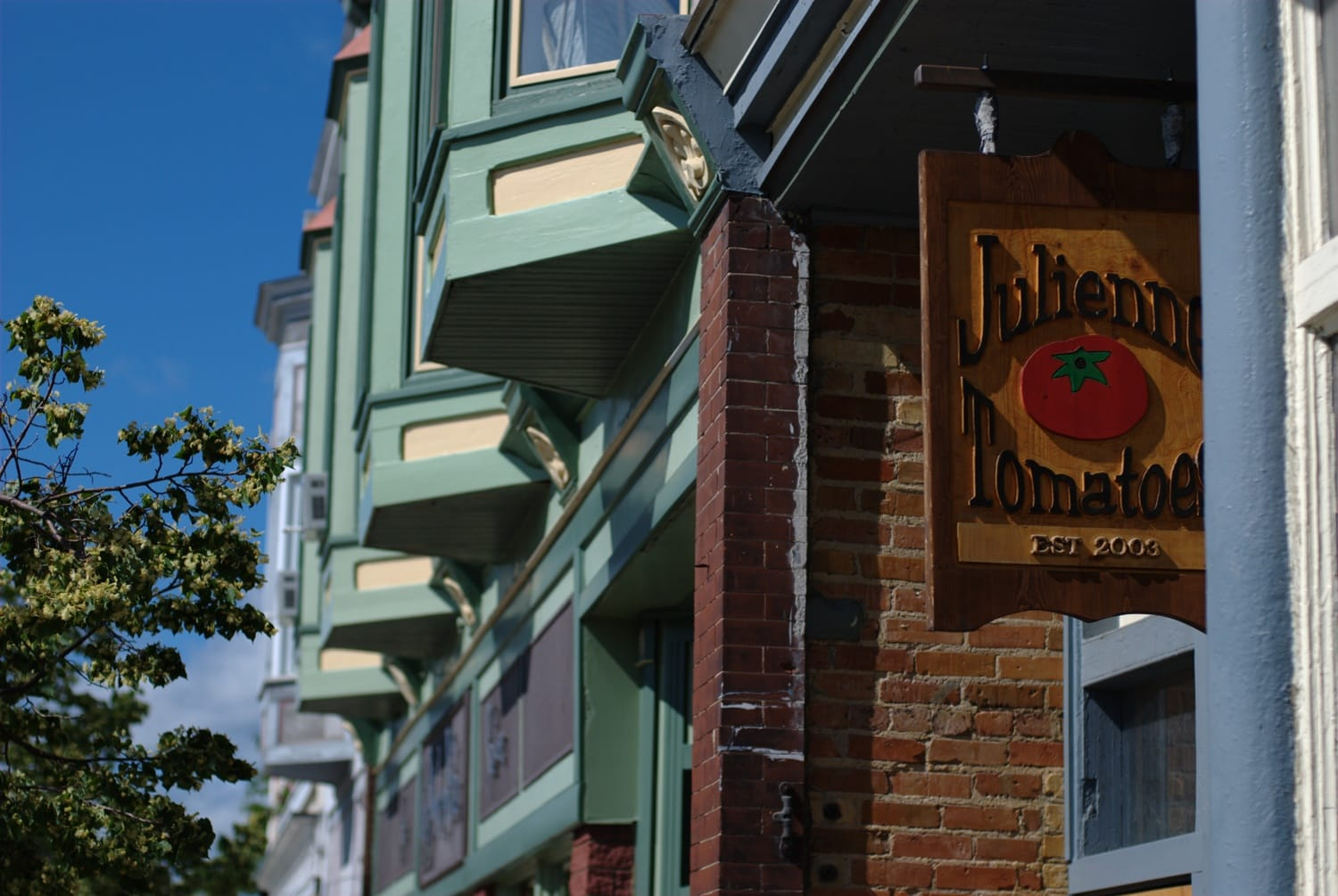 5 Tasty Spots For Breakfast And Lunch Near Petoskey Amp Harbor Springs Mynorth Com