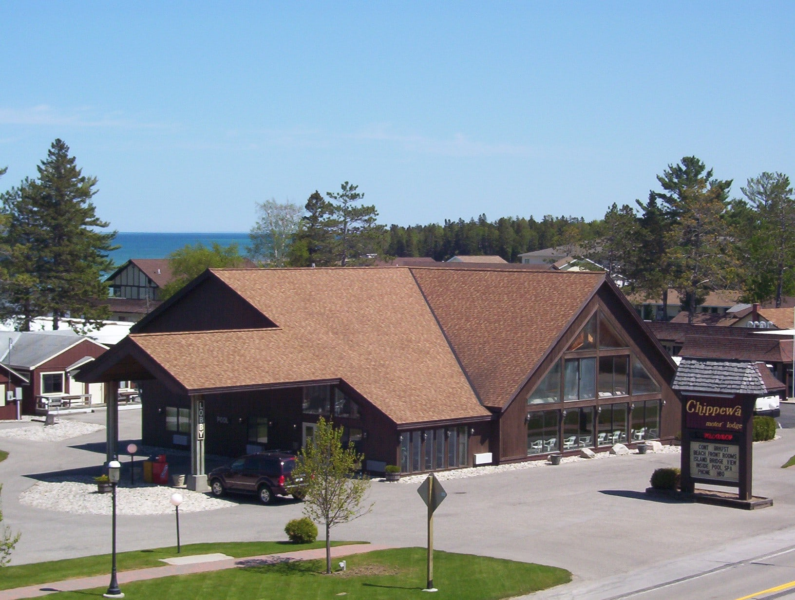 apartment cabins memories cedar home city michigan gables of at mackinaw mi