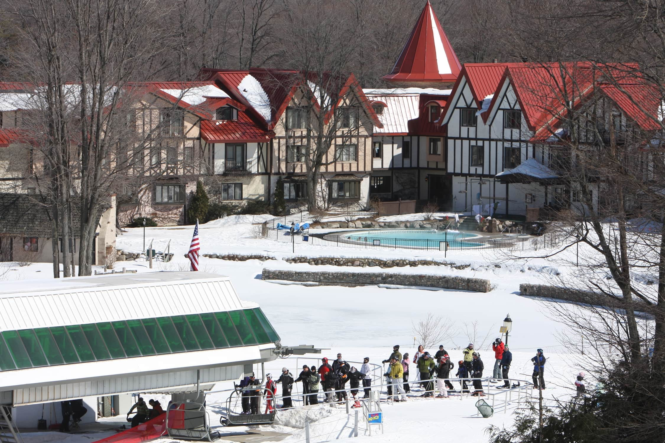 Northern michigan ski vacations win a ski weekend at for Boyne mountain resort