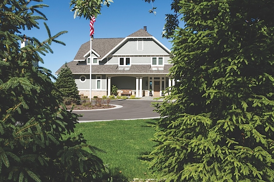 Northern michigan dream home built on grand traverse bay for Dream homes in michigan