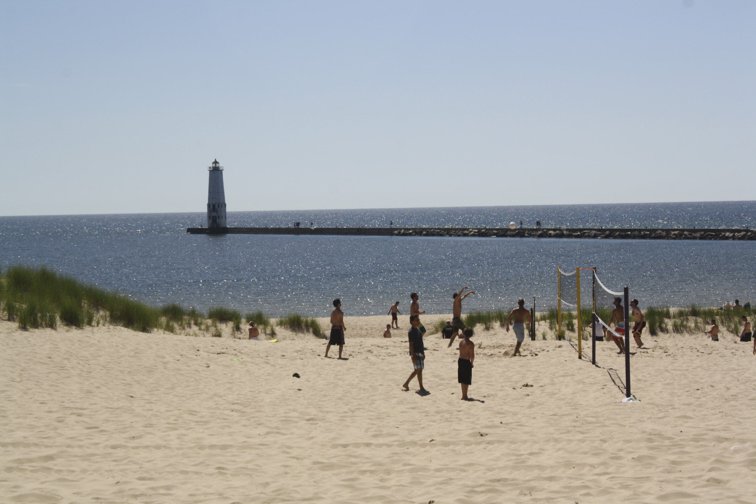 Beaches Water And Snow Sports In Frankfort Michigan Mynorth Com