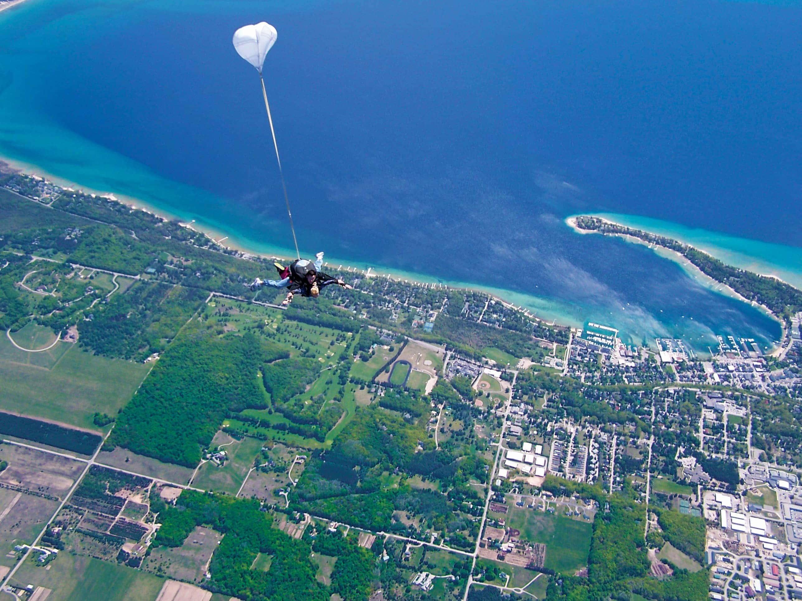 Skydive Harbor Springs – MyNorth com