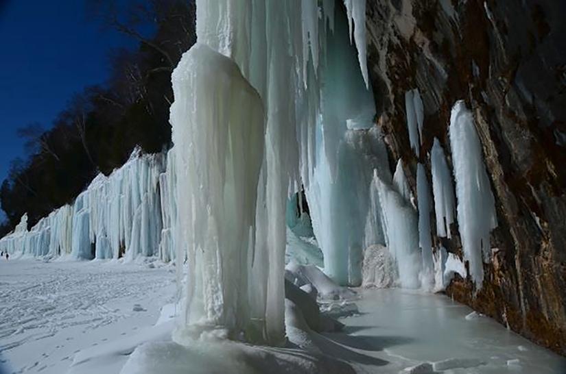 ice falls on grand island  munising bay  photo  wesley