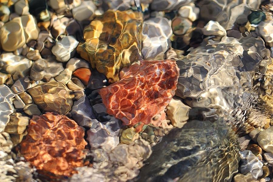 Summertime-Lake-MI-Stones