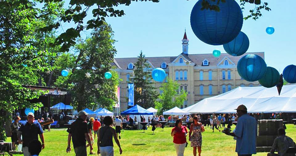 2014 traverse city wine and art festival for Craft shows in traverse city mi