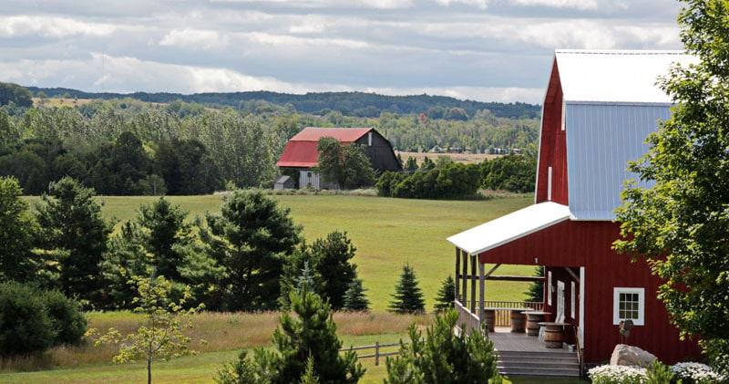 Photo by Garvey Farm & Wedding Barn