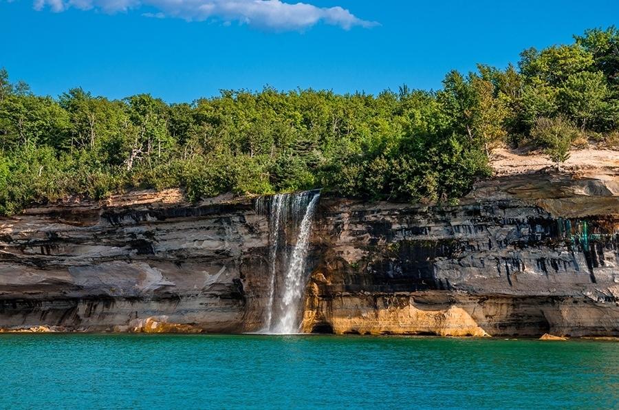Spray Falls Pictured Rocks National Lakeshore Mynorth Com