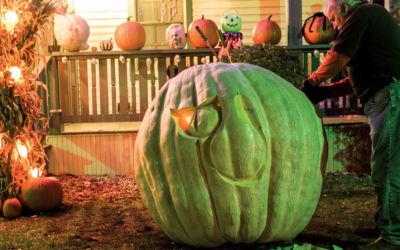 Northern Michigan Pumpkin Carver Ed Moody