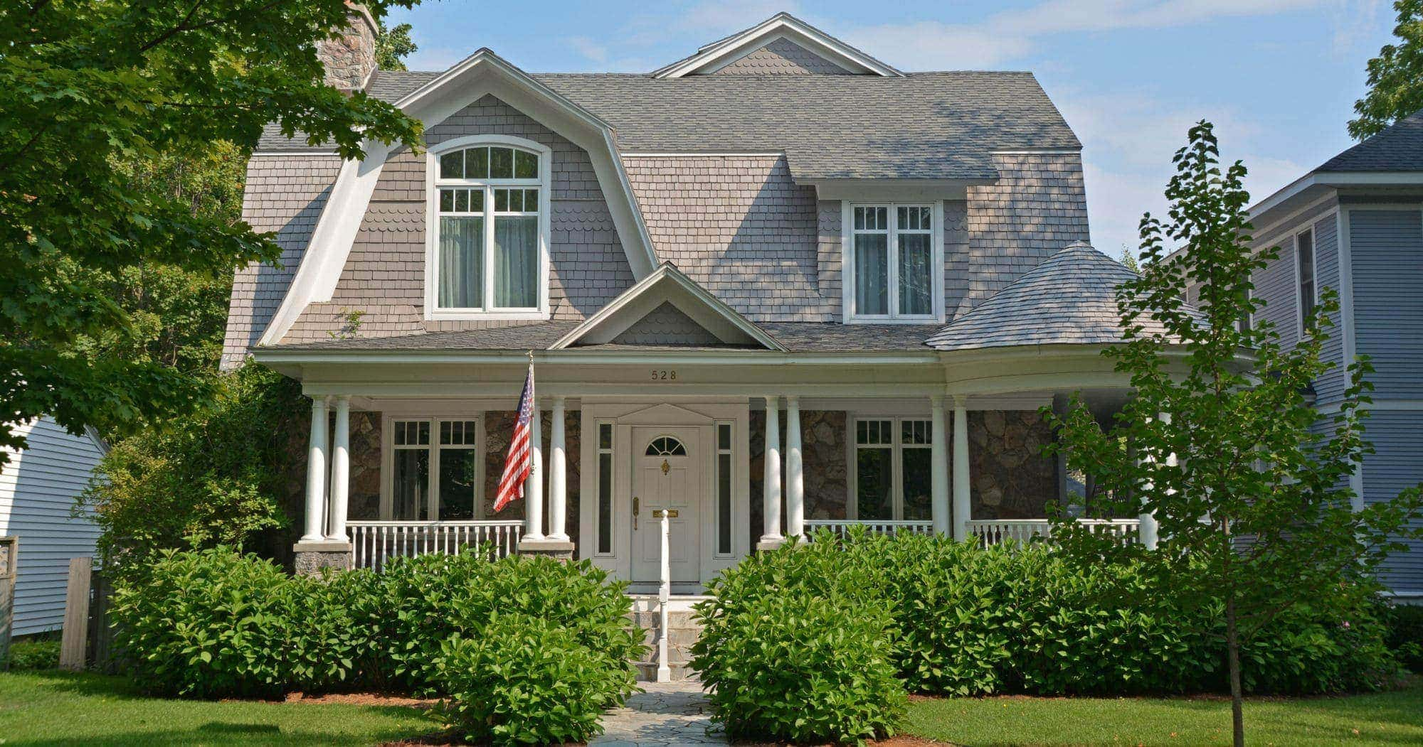 Traverse city real estate sixth street home for Craft shows in traverse city mi