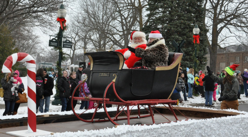 northern michigan holiday parades