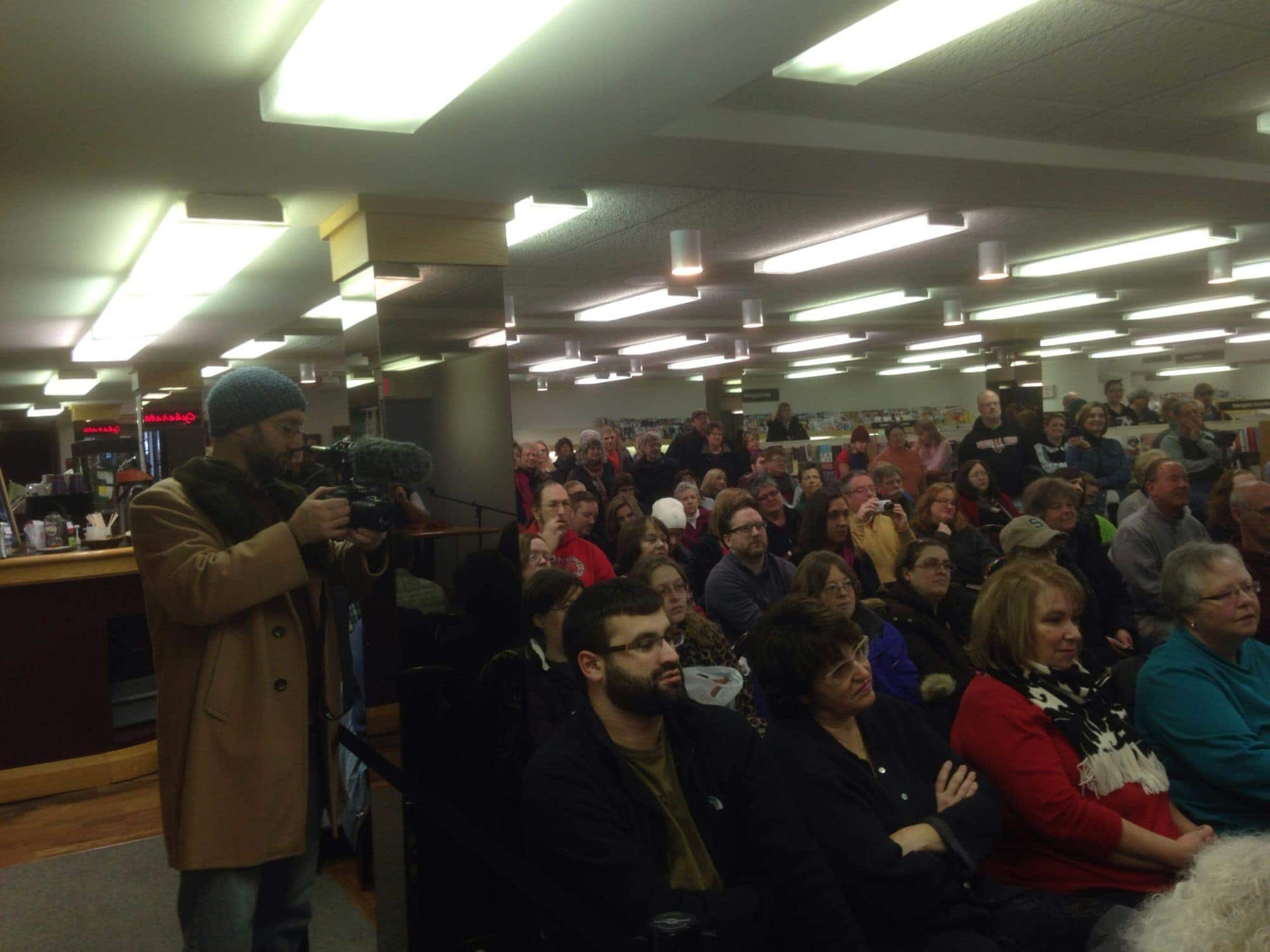 Standing room only at Horizon Books at people gather to hear Mario Batali, downtown Traverse City.