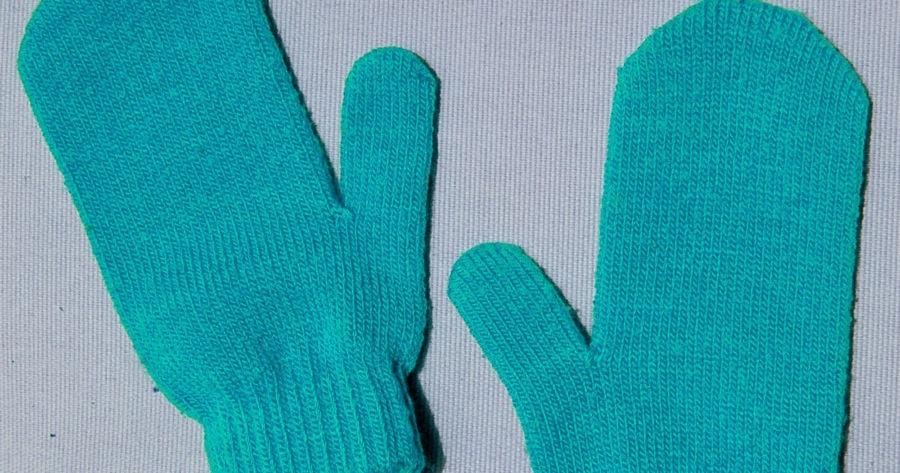 Как вязать большой палец варежки индийским клином