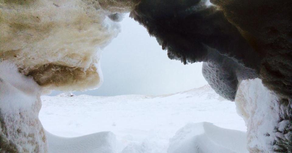 2015 leelanau ice caves