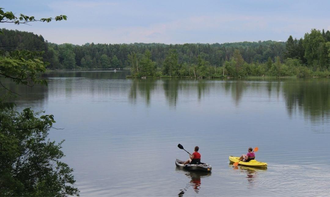 manistee river kayaking