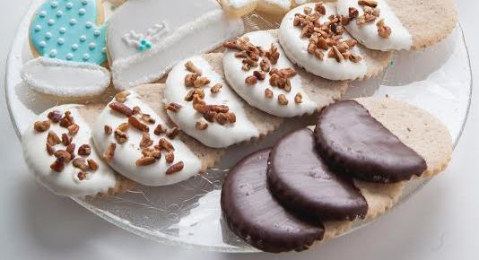 Ruthie Almond Sugar Cookies