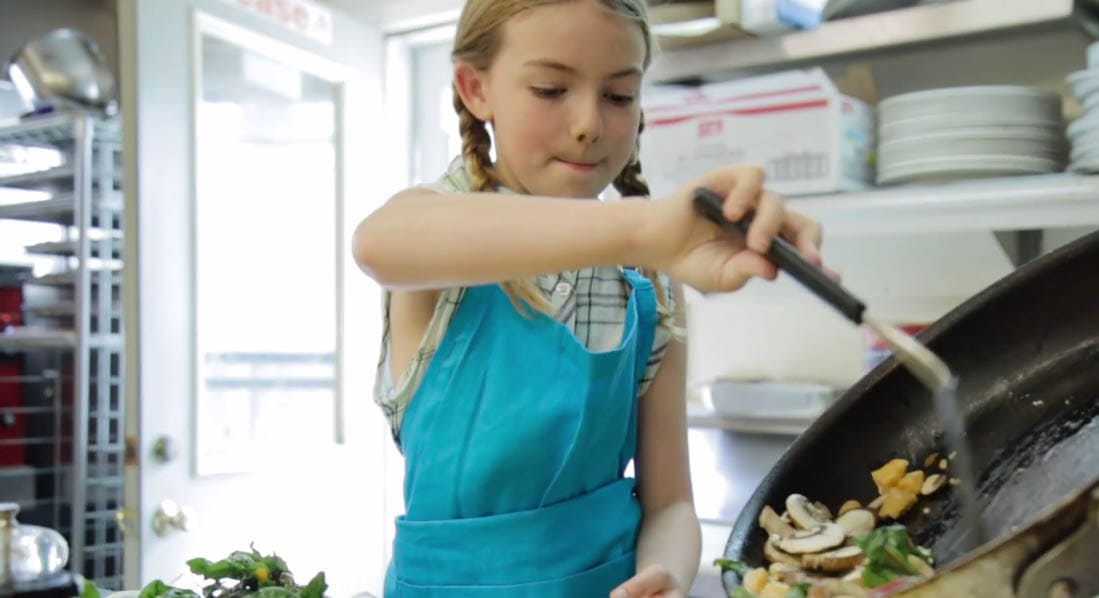 10 Year Old Elk Rapids Girl On Food Network S Chopped Junior