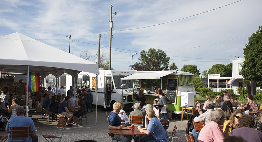Traverse city food truck roundup for Craft shows in traverse city mi