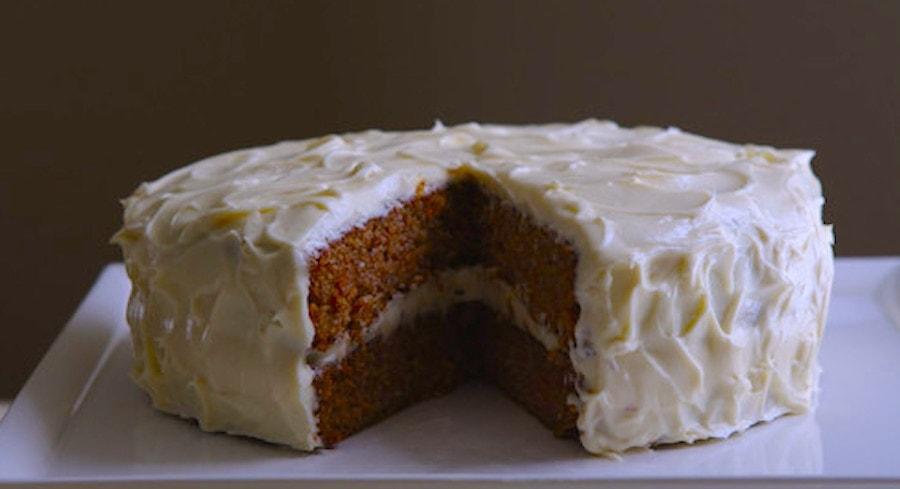 apple-carrot-cake_todd-zawistowski_traverse-magazine_0809