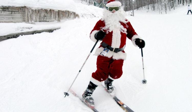 750-x-440-ski-free-with-santa