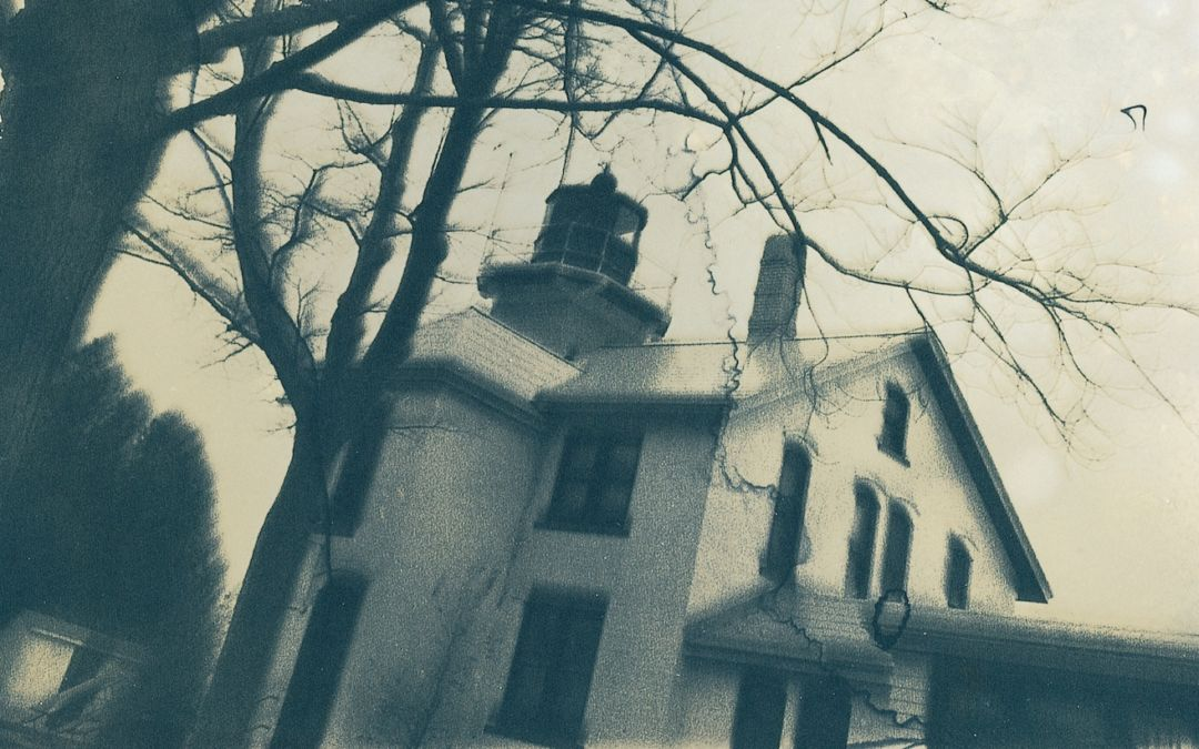 grand traverse lighthouse ghost