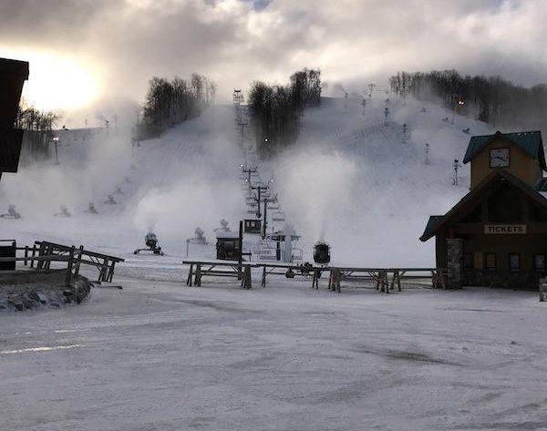 ski resorts open for thanksgiving