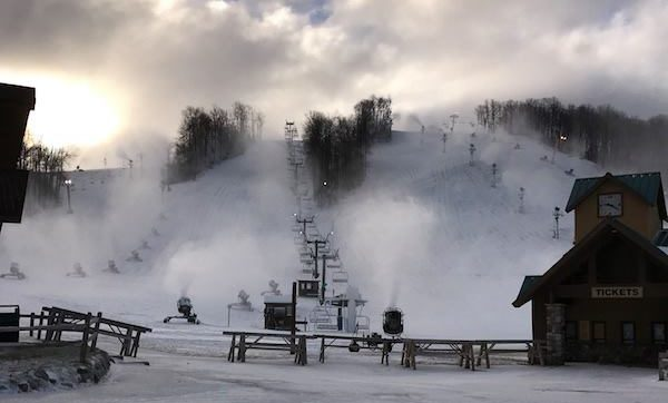 Ski Resorts Open for Thanksgiving Weekend 2016