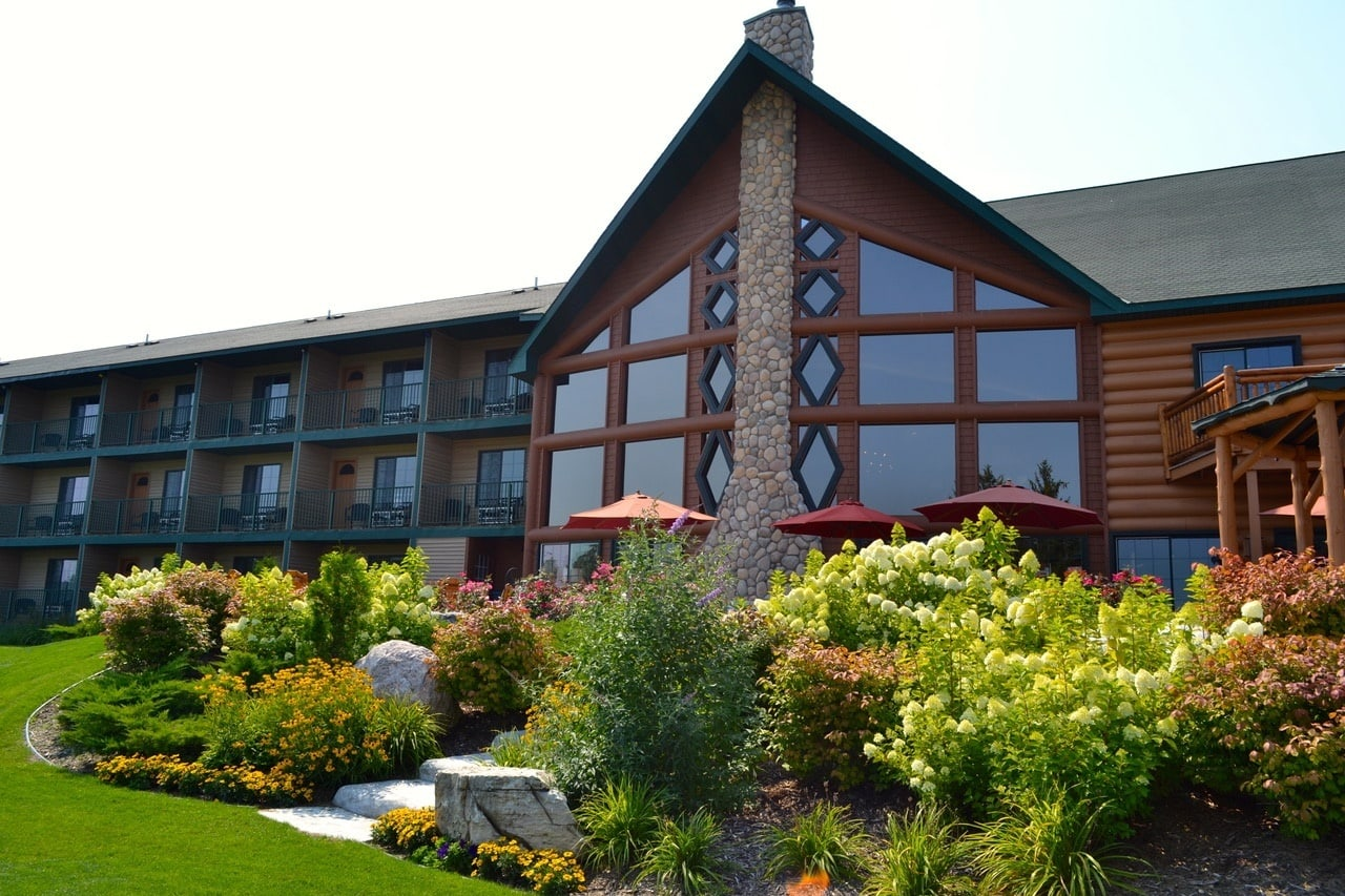 Stafford's Crooked River Lodge