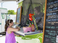 food trucks traverse city