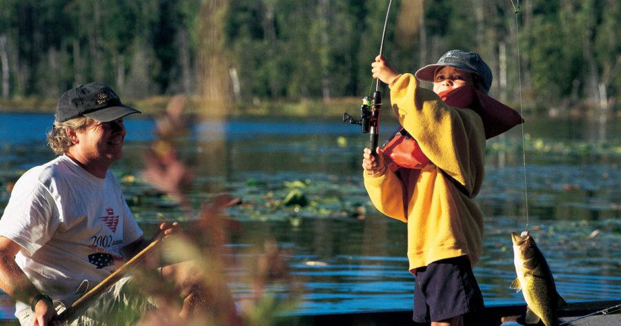 michigan free fishing weekend