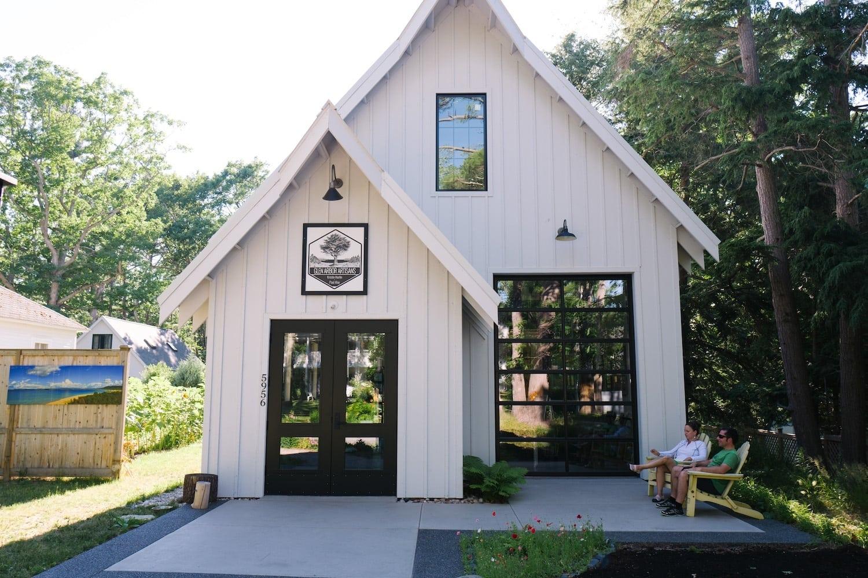 Glen arbor makes money magazine 39 s list of 20 best and for Glen haven co cabin rentals