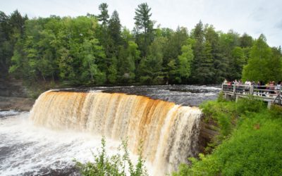 10 Best Things to Do at Tahquamenon Falls State Park