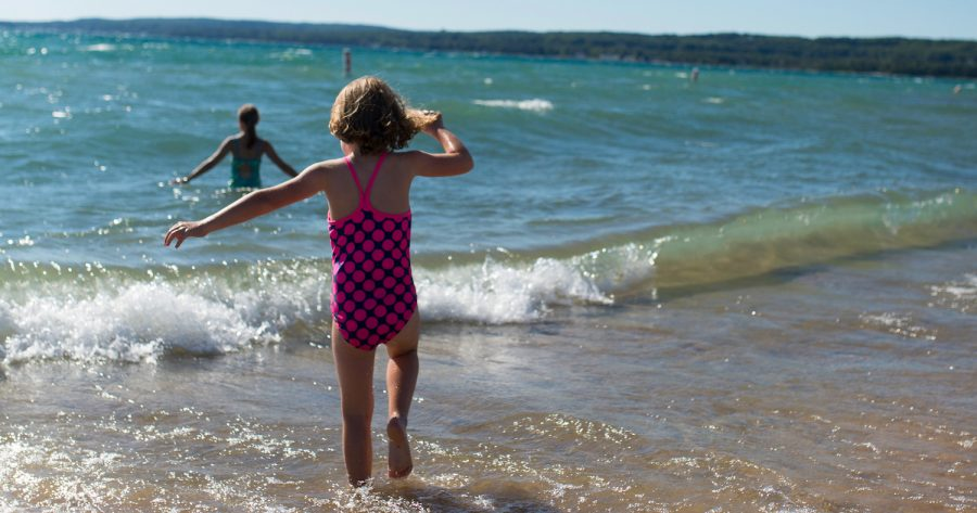 6 Beach Towns In Northern Michigan To