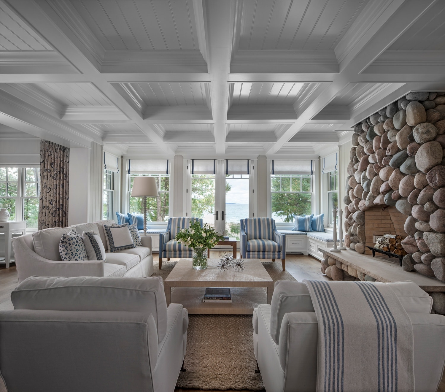 A Chic Harbor Springs Cottage On The Lake Michigan Coast