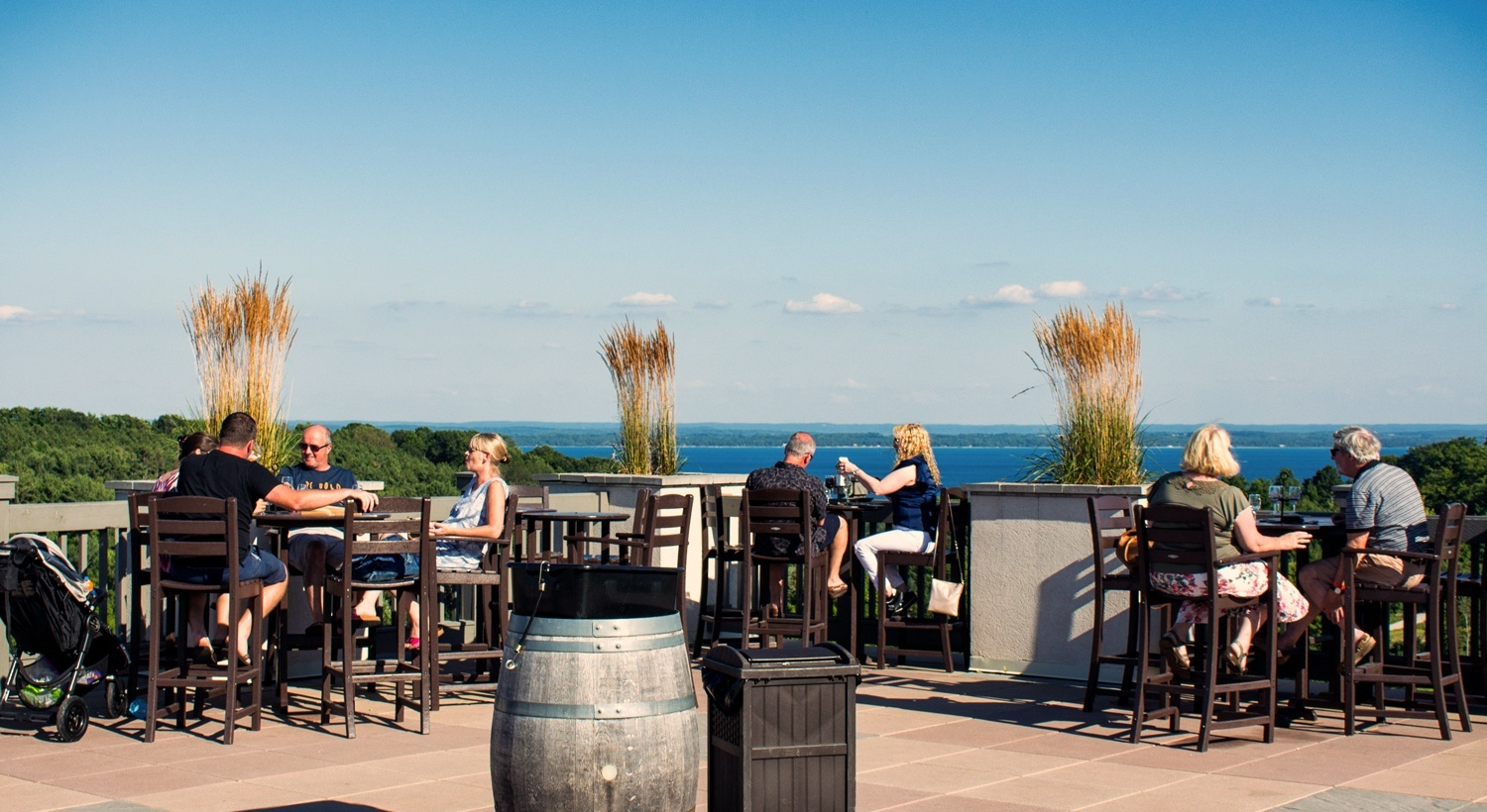 Fall lodging discounts in traverse city for Craft shows in traverse city mi