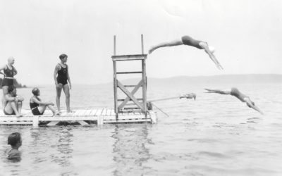 40 Photos of Pure Summer Bliss in Benzie County in the 1900s