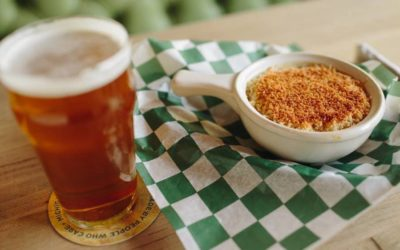 These 10 Northern Michigan Restaurants Make the Best Mac and Cheese (Extra Cheesy!)