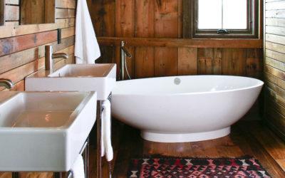 Season for Soaking: 5 Beautiful Bathtubs in Northern Michigan