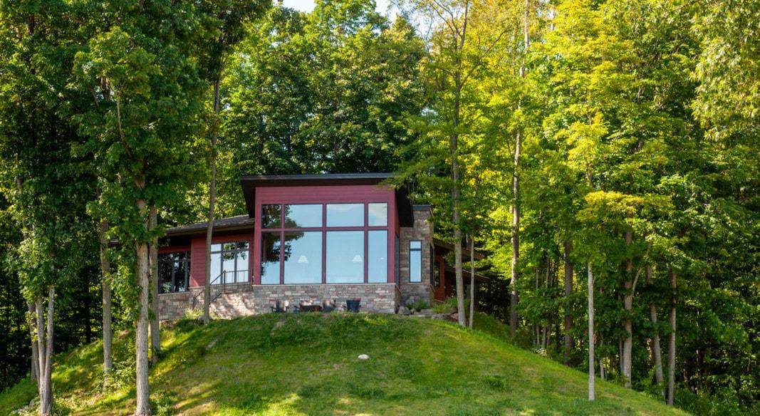 lake bellaire home