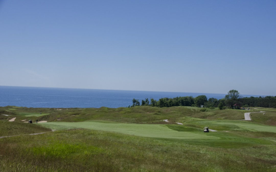 Arcadia Bluffs golf course, intern