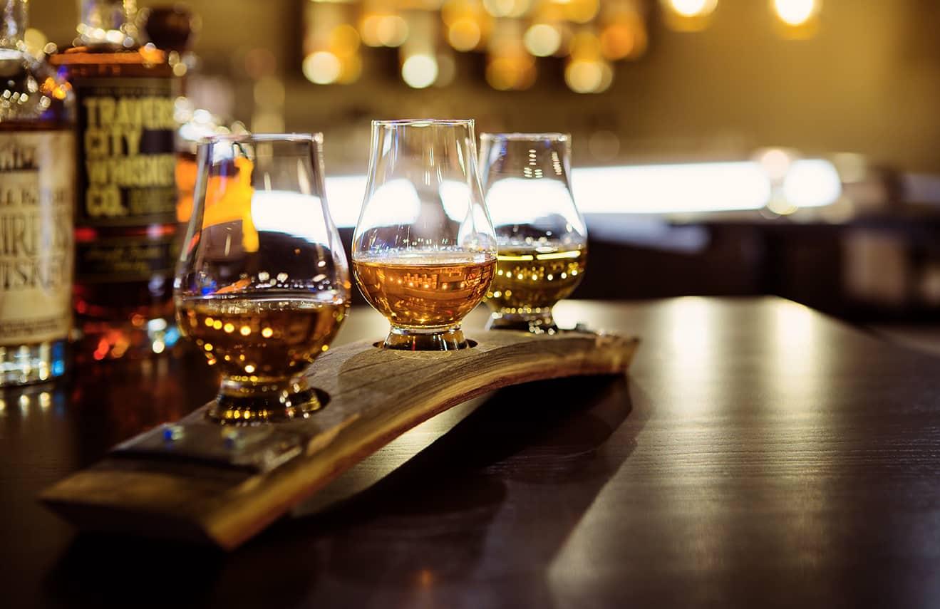 TurtleCreekCasino Bourbons 72 WhiskeyFlight