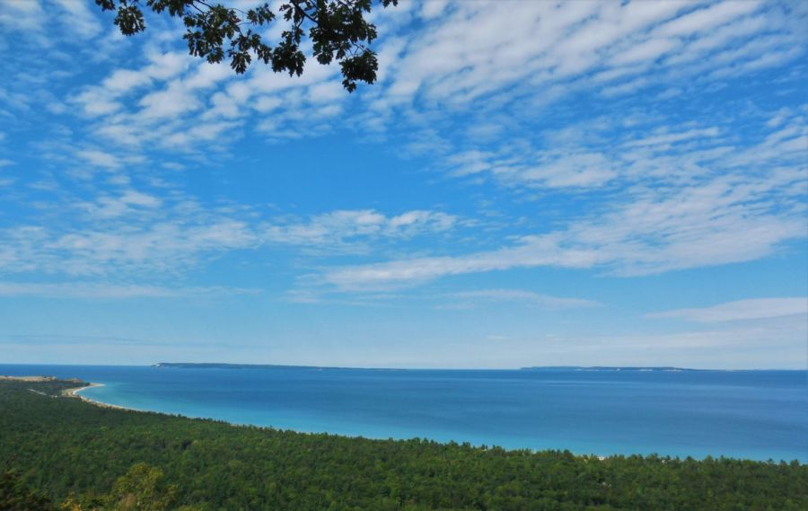 view-south-manitou-north-manitou-alligator-hill