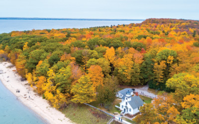 9 Incredible Places for a Michigan Fall Color Tour