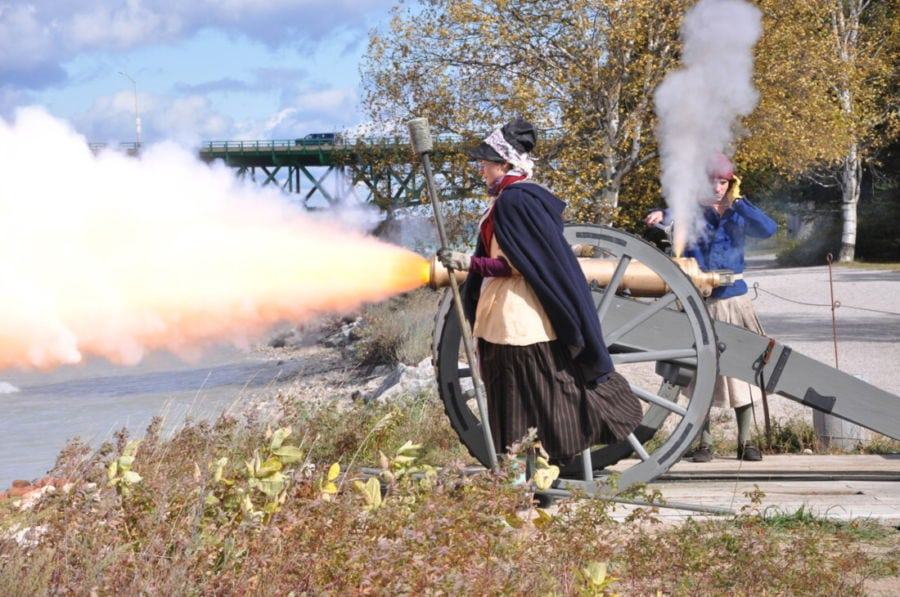 RS70861_Cannon Firing-scr